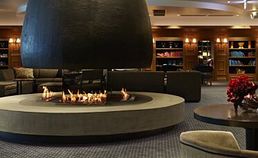 XL700 Modern Fireplace - In-Situ Image by EcoSmart Fire
