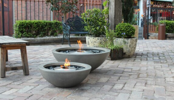 The Grounds - Mix 850 Outdoor Fireplace by EcoSmart Fire